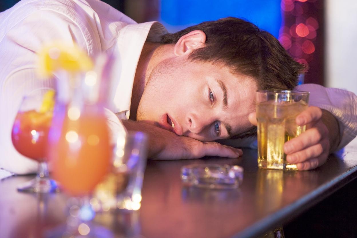 Можно ли убедить человека бросить пить